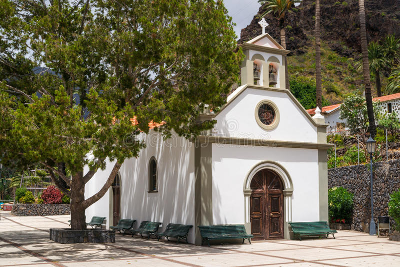 Kleine kerk in Valle Gran Rey stock fotografie