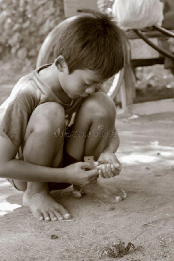 Kleine Kinder von Indonesien-Spiel lizenzfreie stockfotografie