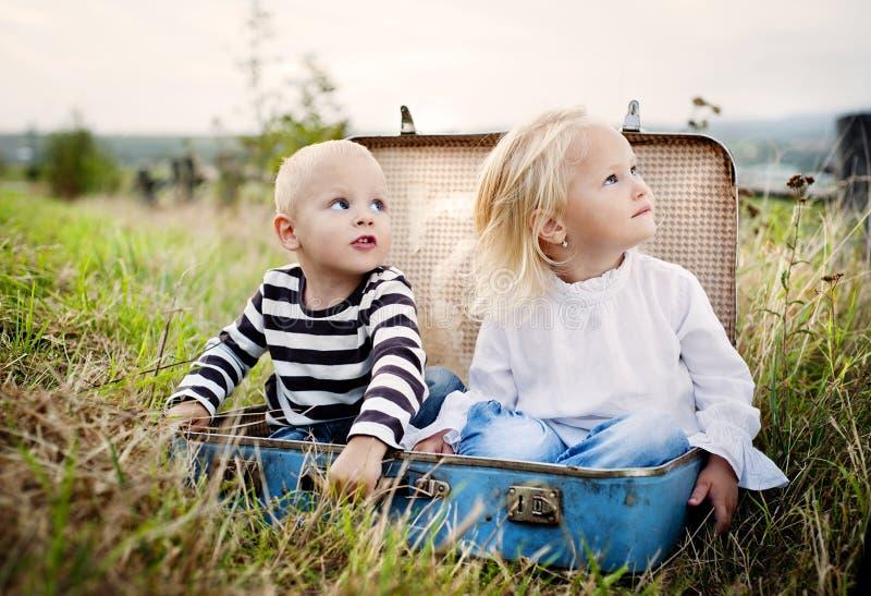Kleine kinderen royalty-vrije stock afbeelding