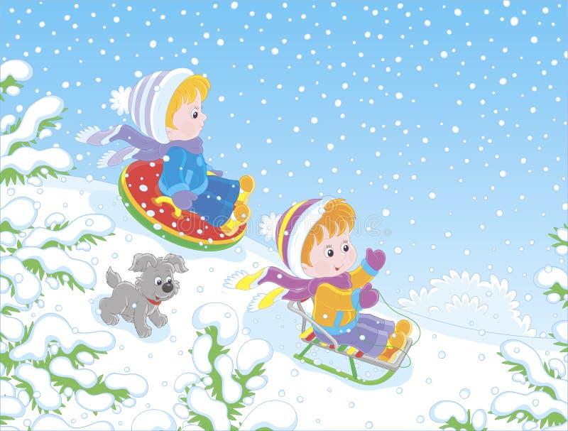 Kleine kinderen die onderaan een sneeuwheuvel sledding stock illustratie
