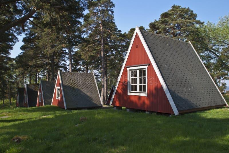 Kleine kleine Kabinen für Miete lizenzfreie stockfotografie
