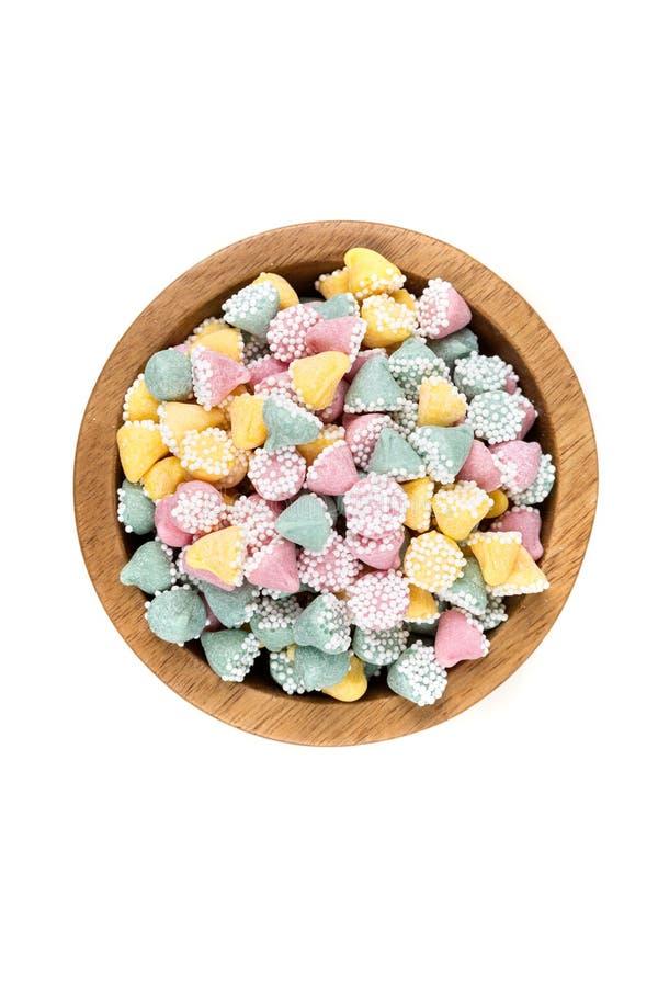 Kleine multicolored dalingen met de deklaagmunt van de suikerbal royalty-vrije stock afbeeldingen