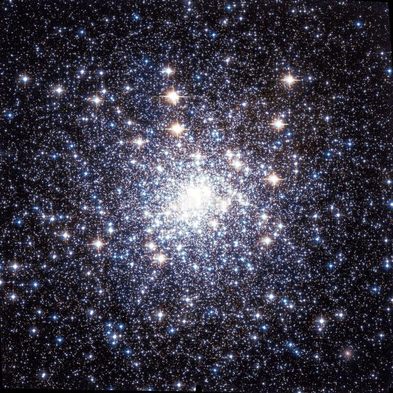 Kleine Sterrige het Beeldelementen van het Clusternevel Verbeterde Heelal van NASA/ESO | Melkweg Achtergrondbehang stock afbeelding