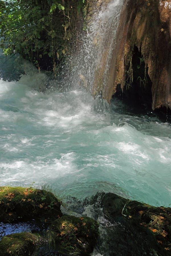 Kleine Ströme verbinden den Duden-Fluss lizenzfreies stockfoto