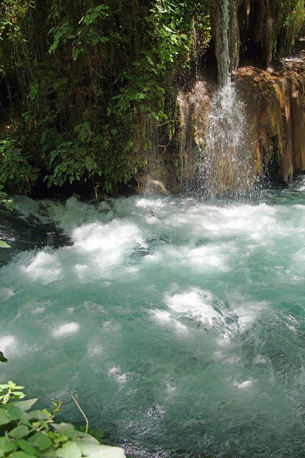 Kleine Ströme verbinden den Duden-Fluss stockbilder