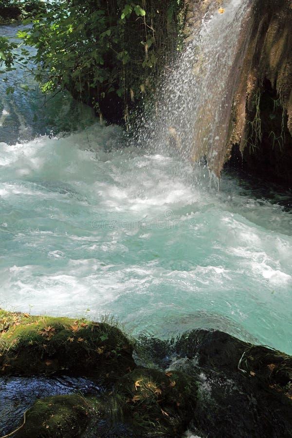 Kleine Ströme verbinden den Duden-Fluss lizenzfreies stockbild