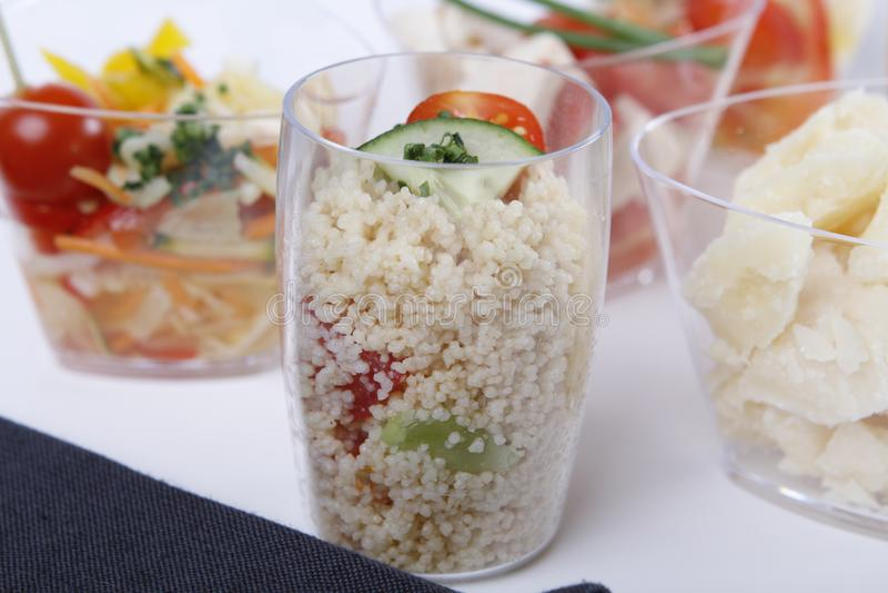 Kleine voorgerechten met quinoa royalty-vrije stock foto's
