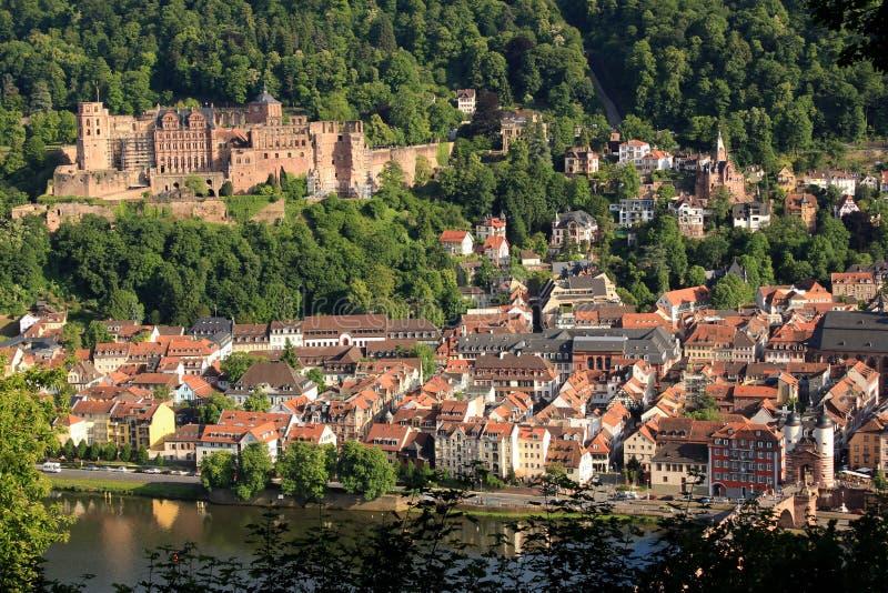 Kleiner deutscher Stadtausblick Heidelbergs, Deutschland lizenzfreie stockbilder
