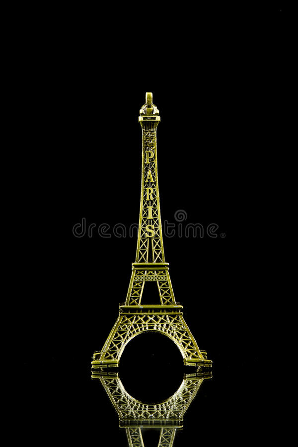 Kleiner Eiffelturm lokalisiert stockbilder