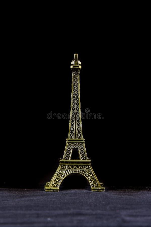 Kleiner Eiffelturm lokalisiert lizenzfreies stockfoto