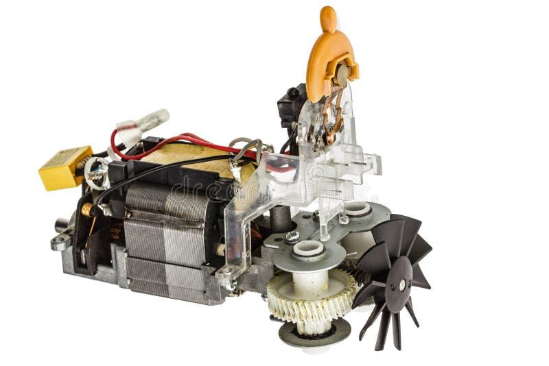 Kleiner Elektromotor mit dem Ventilator, lokalisiert auf weißem Hintergrund lizenzfreie stockfotografie