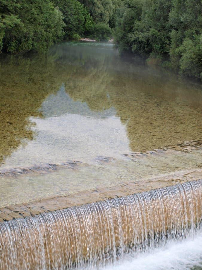 Kleiner Fluss Torre, Tarcento lizenzfreie stockfotografie