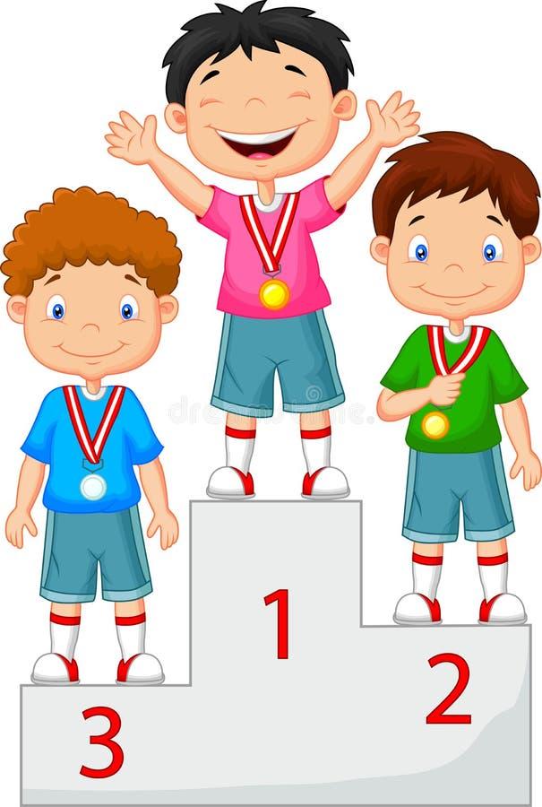 Kleiner Junge feiert seine goldene Medaille auf Podium lizenzfreie abbildung