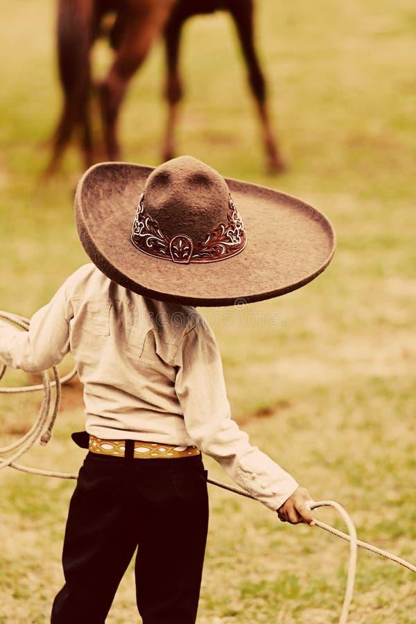 Kleiner mexikanischer Cowboy stockbild