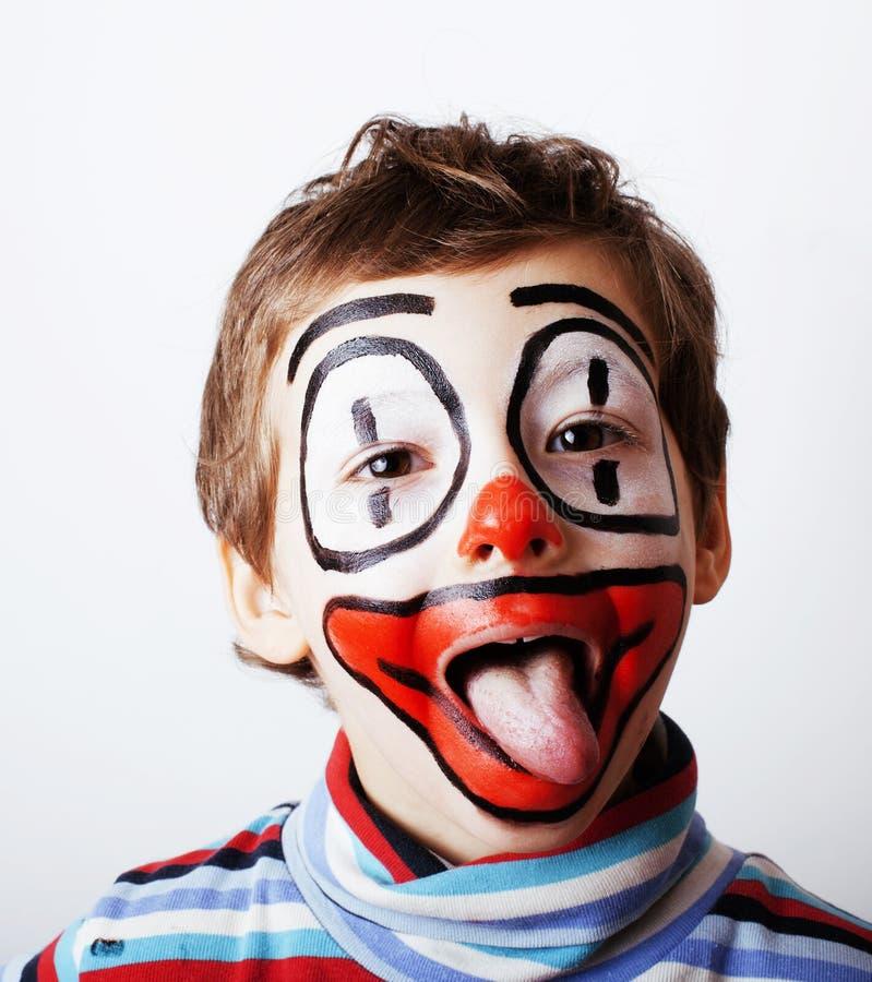 Kleiner netter Junge mit facepaint mögen Clown, pantomimic Ausdruck stockbilder