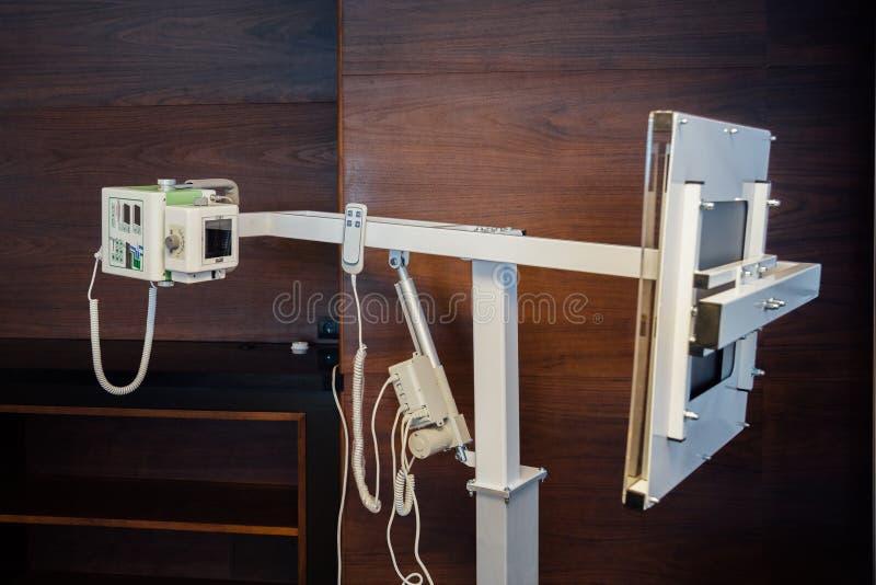 Kleiner tragbarer Röntgenapparat lizenzfreies stockbild
