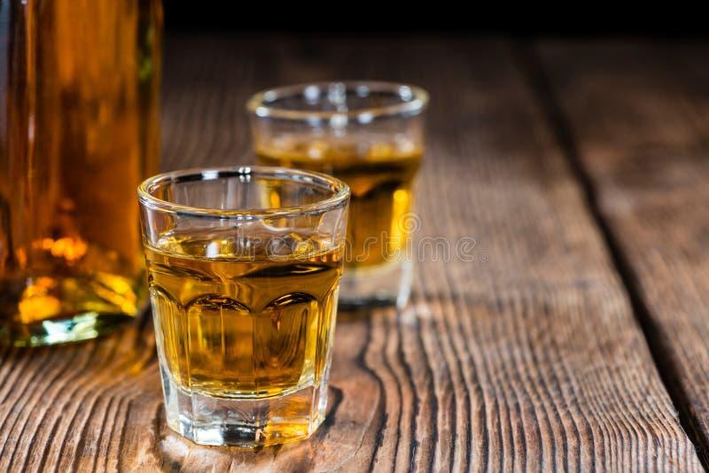 Kleiner Whiskyschuß lizenzfreie stockfotos