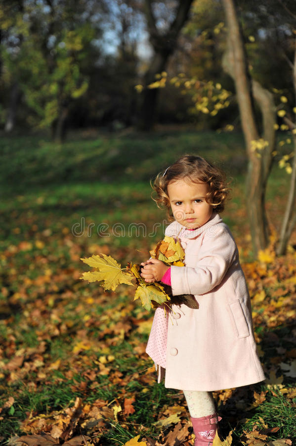 Kleines Mädchen lizenzfreies stockbild