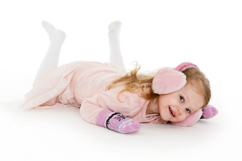 Kleines Mädchen in der Winterkleidung lizenzfreie stockfotografie