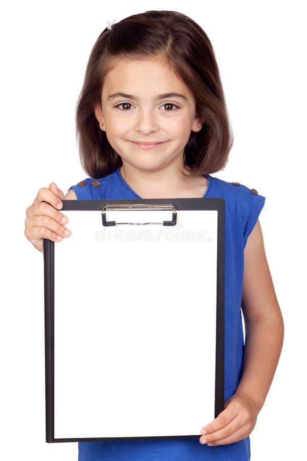 Kleines Mädchen des Brunette mit Klemmbrett stockfotos