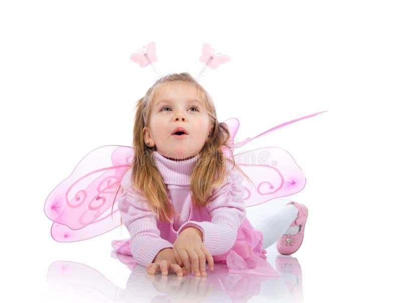 Kleines Mädchen im feenhaften Kostüm lizenzfreie stockfotografie