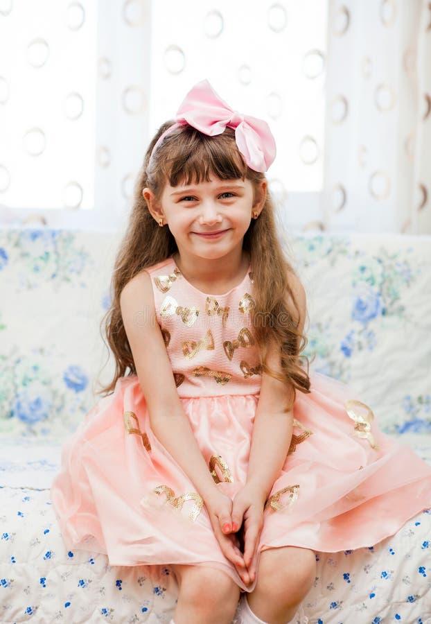 Kleines Mädchen-Portrait lizenzfreie stockfotos