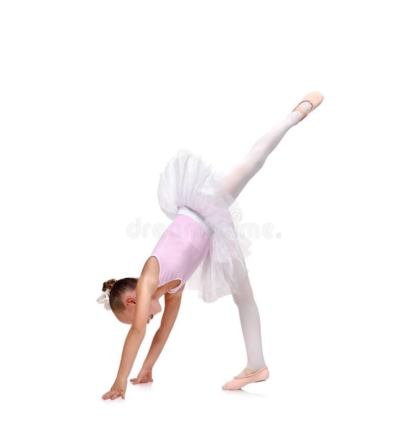 Kleines Mädchen tanzt Ballett stockfoto