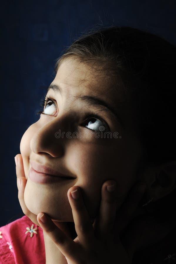 Kleines schönes arabisches moslemisches Mädchen stockbilder