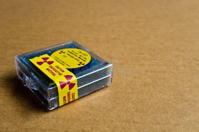 Kleines Zäsium radioaktiv lizenzfreies stockbild
