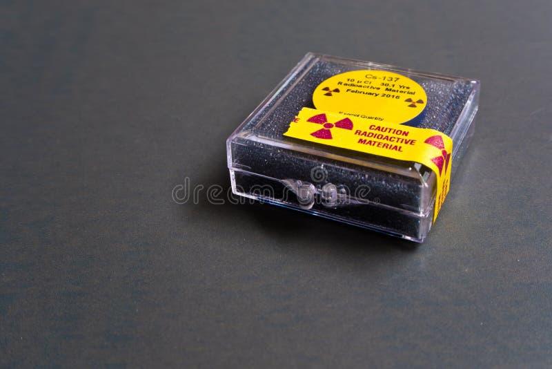 Kleines Zäsium radioaktiv stockbilder