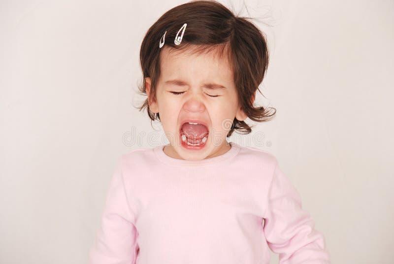 Kleinkind, das einen Wutanfall hat lizenzfreies stockfoto