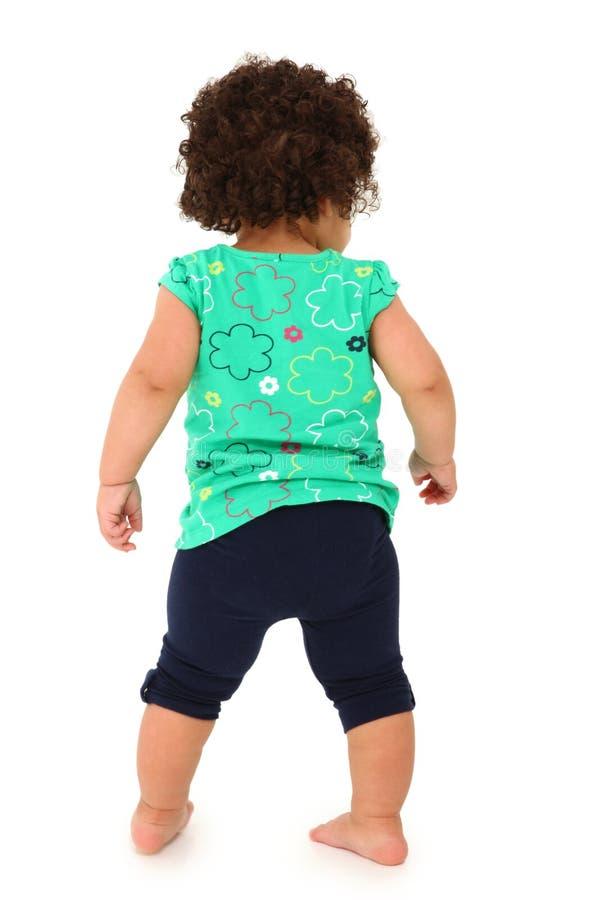 Kleinkind-Mädchen, das weg geht lizenzfreies stockbild