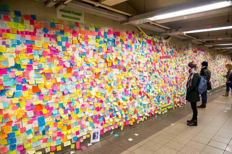 Kleisty ja zauważa w NYC staci metru zdjęcie royalty free