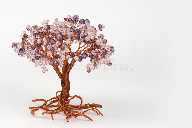 Klejnotu drzewo od drucianej i okrzesanej kwarc zdjęcie royalty free