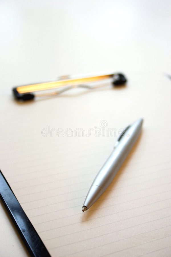 Klembord & pen stock foto's