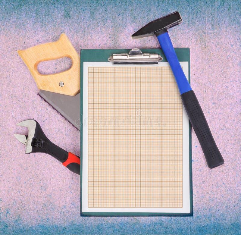 Klembord en hulpmiddelen royalty-vrije stock fotografie