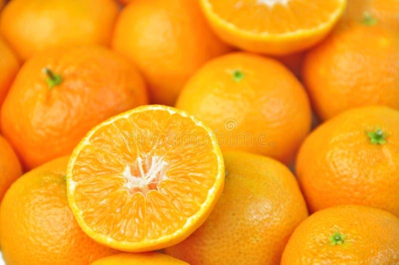 Download Klementinen stockbild. Bild von stück, nahrung, frucht - 27734375