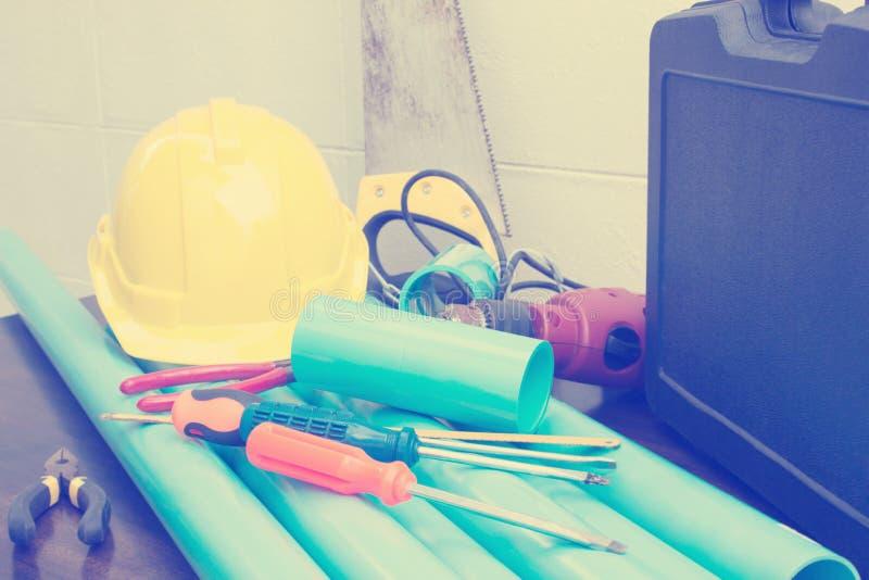 Klempnerarbeit-Werkzeuge lizenzfreies stockbild