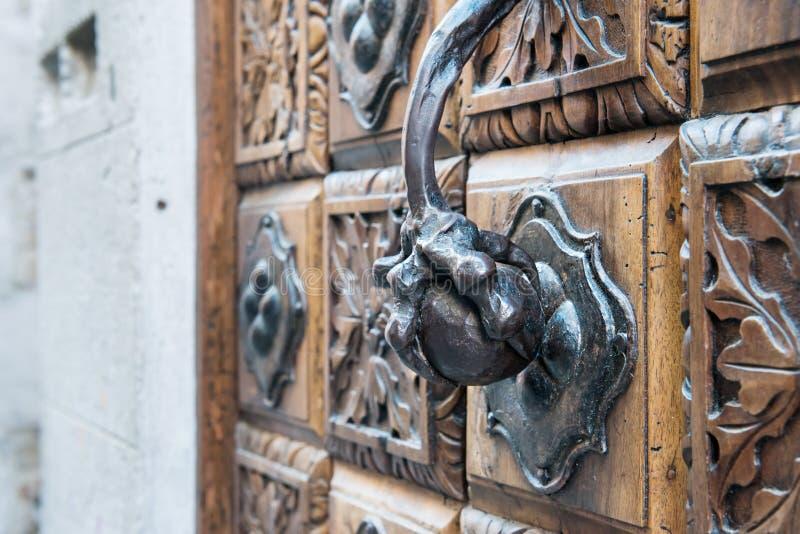 Klep en de deur stock afbeelding