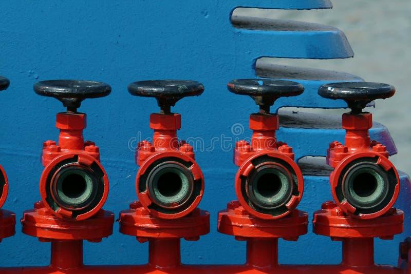 Download Kleppen stock afbeelding. Afbeelding bestaande uit brandstof - 282583