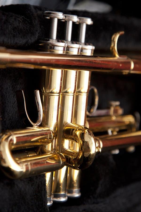 Kleppen op een trompet royalty-vrije stock afbeelding