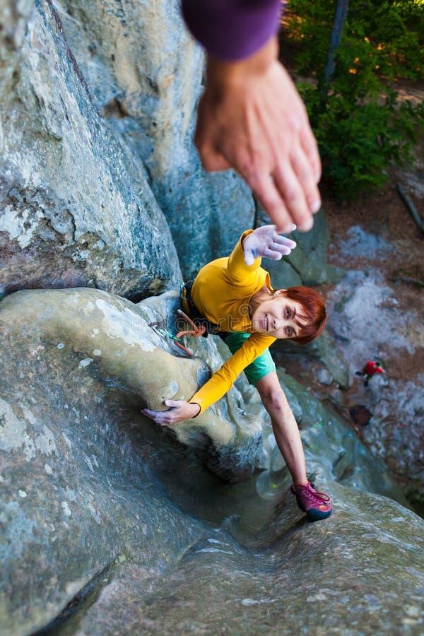Kletterer gibt fünf lizenzfreie stockfotos