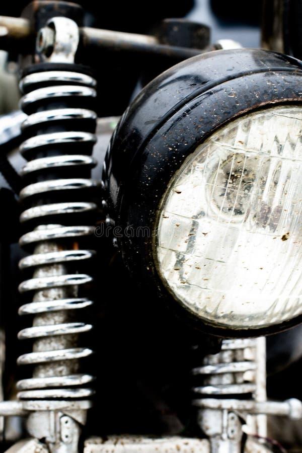 Kleur van een uitstekende motorfiets voorschokbreker die wordt geschoten royalty-vrije stock foto's