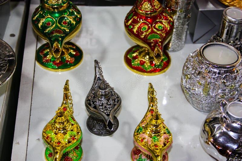 Kleuren van de oude bazaar van Jeruzalem stock fotografie