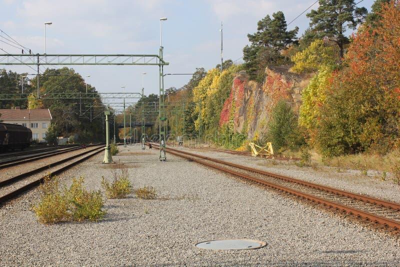 Kleuren van de station de prachtige herfst royalty-vrije stock fotografie