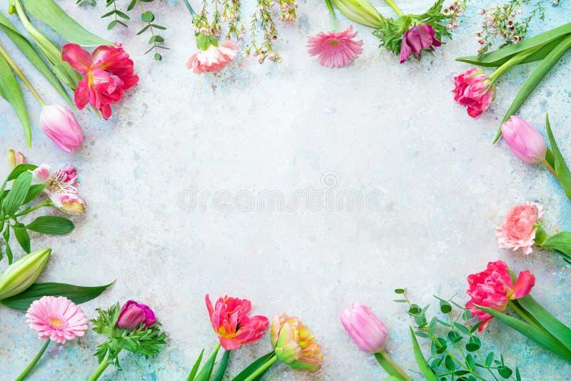 Kleurenbloemen frame royalty-vrije stock afbeelding
