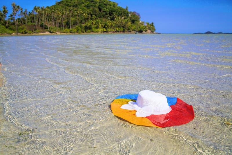Kleurenhoed in zeewater, Ko Samui, Thailand royalty-vrije stock foto