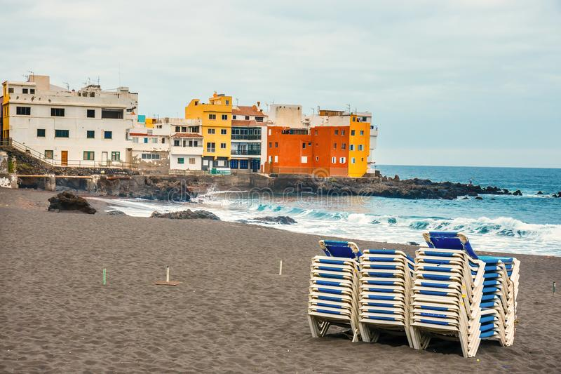 Kleurenhuizen van Punta Brava het Eiland in van Puerto de la Cruz, Tenerife royalty-vrije stock afbeelding