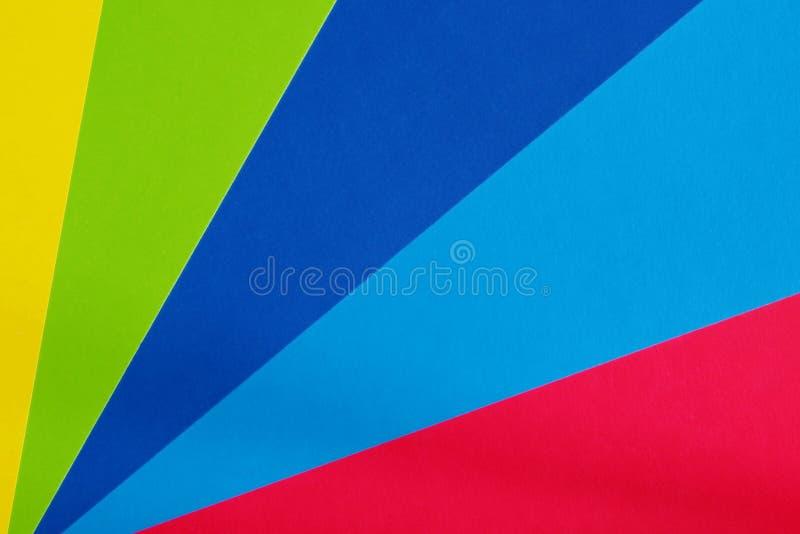 Kleurenkarton voor creativiteit Multicolored achtergrond Schoollevering voor toepassingen stock foto's