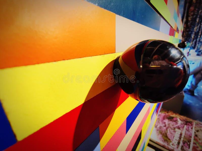 Kleurenspel in combinatie met patronen en schaduw stock fotografie